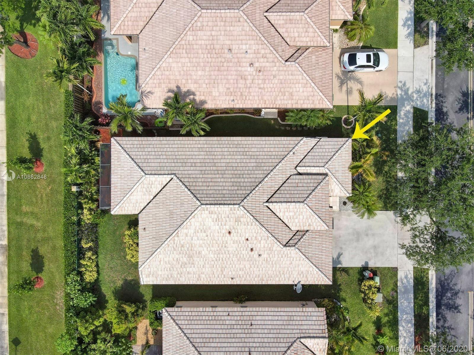 Photo of 14304 S Royal Cove Cir, Davie, FL 33325 (MLS # A10862848)