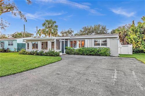 Photo of 4268 S Mary Cir, Palm Beach Gardens, FL 33410 (MLS # A11116849)