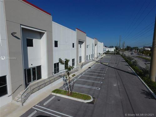 Foto de inmueble con direccion 107 Avenue NW 132 Street Hialeah Gardens FL 33106 con MLS A10848852