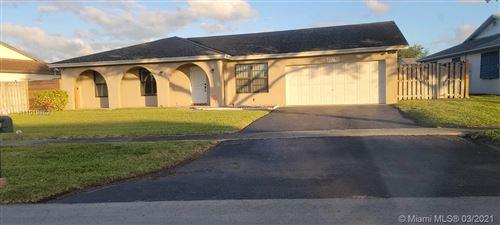 Photo of 10250 SW 49th Ct, Cooper City, FL 33328 (MLS # A11019852)