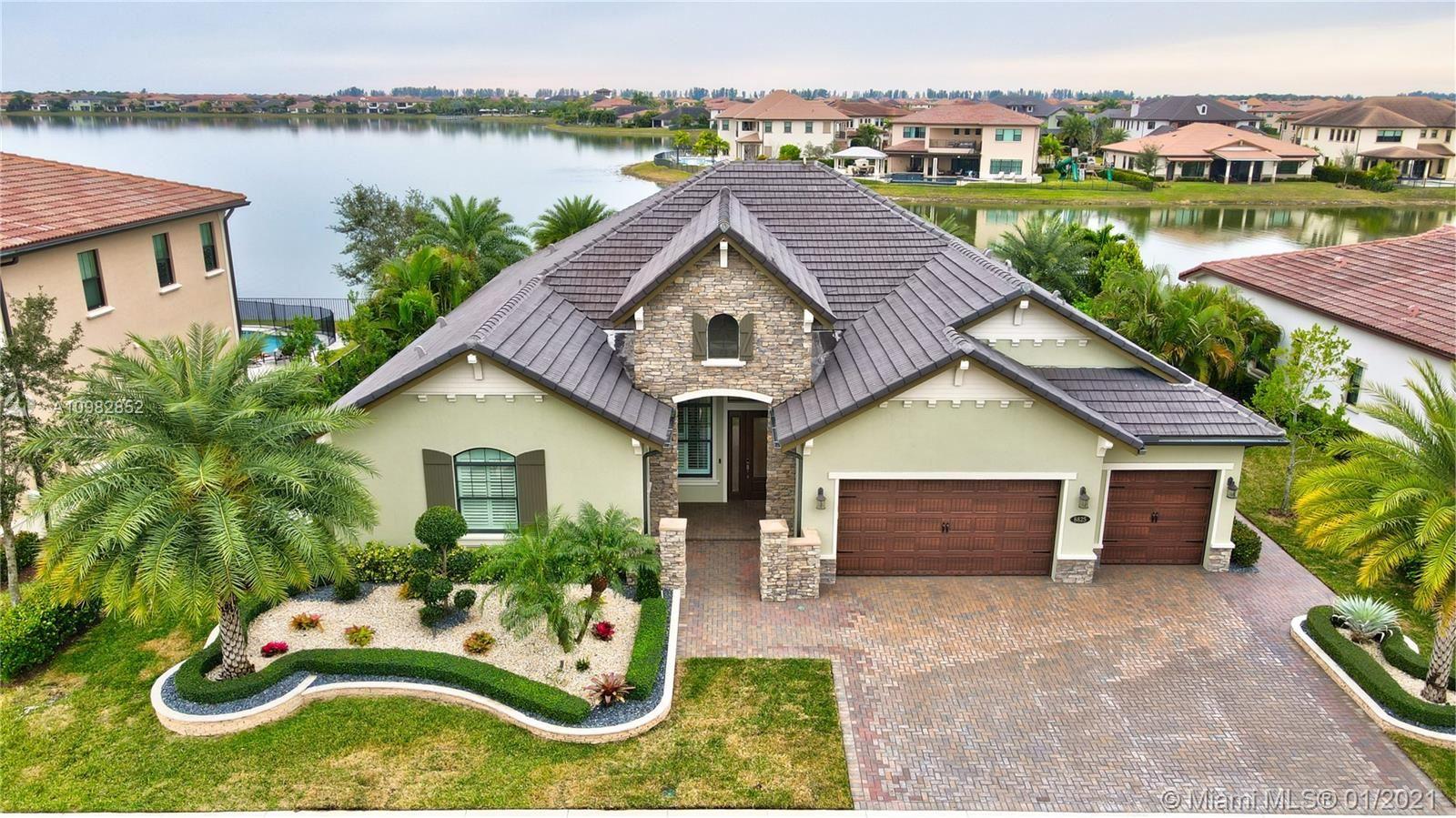 8825 E Watercrest Cir E, Parkland, FL 33076 - #: A10982852