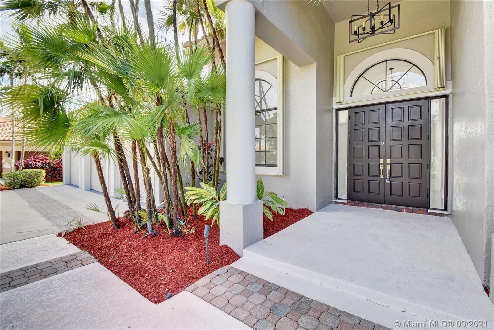 Photo of 680 Palm Blvd, Weston, FL 33326 (MLS # A11004852)