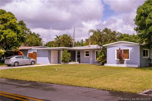 Photo of 1201 SW 21st Ct, Fort Lauderdale, FL 33315 (MLS # A10740853)