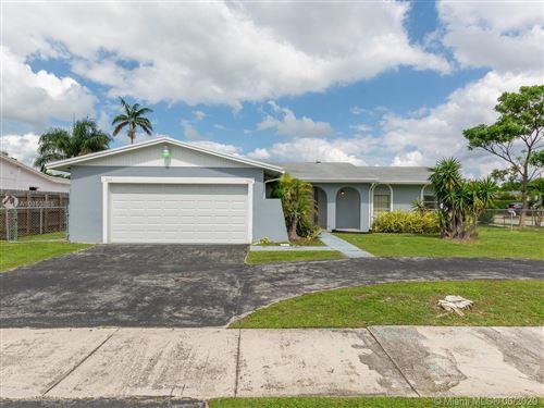 Photo of 7214 SW 134th Ct, Miami, FL 33183 (MLS # A10853855)