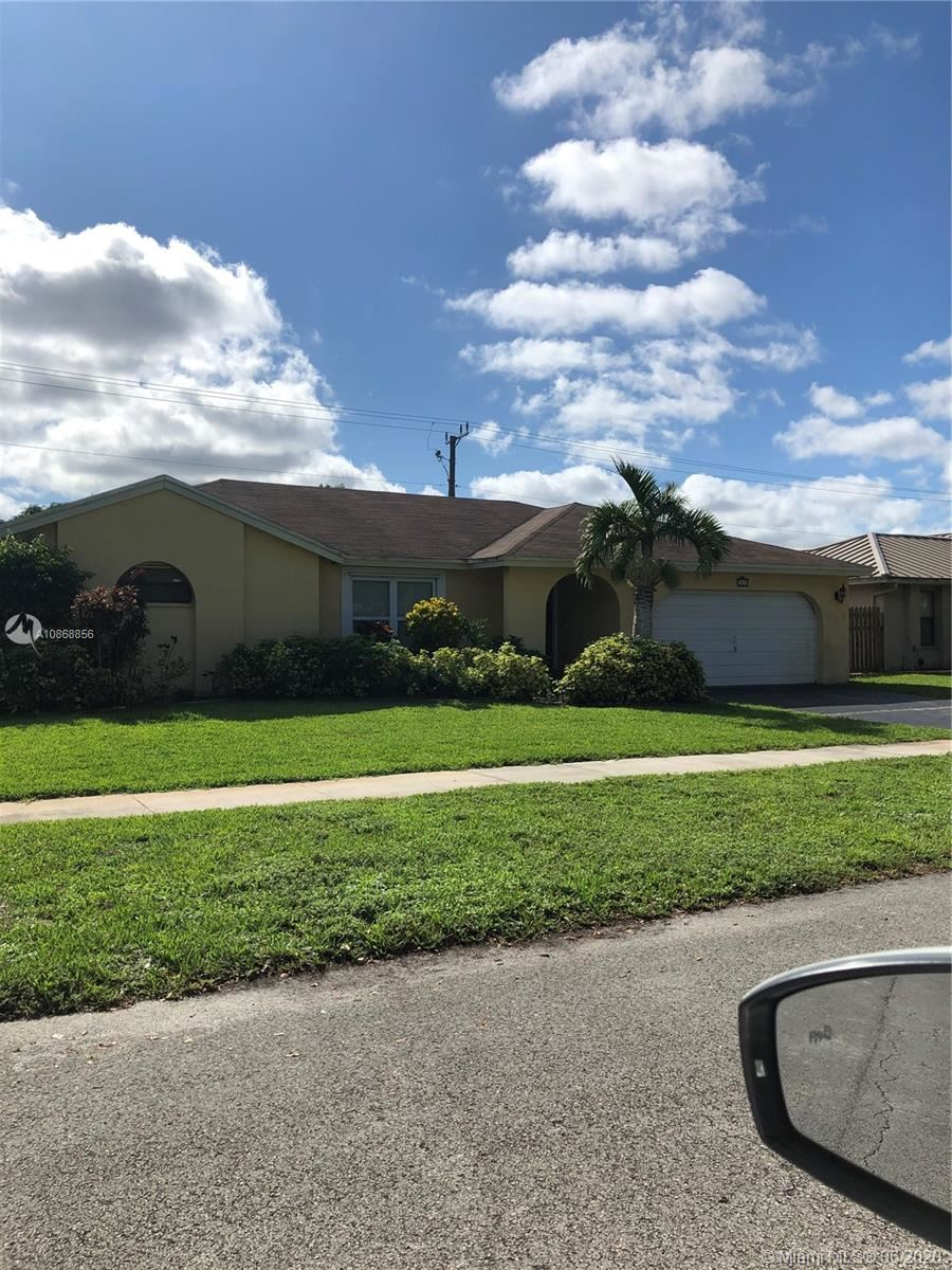 Photo of 5230 SW 115th Ave, Cooper City, FL 33330 (MLS # A10868856)