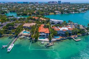 Photo of 15 HARBOR PT, Key Biscayne, FL 33149 (MLS # A10140857)