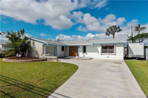 Photo of 10455 SW 200th St, Cutler Bay, FL 33157 (MLS # A10960857)