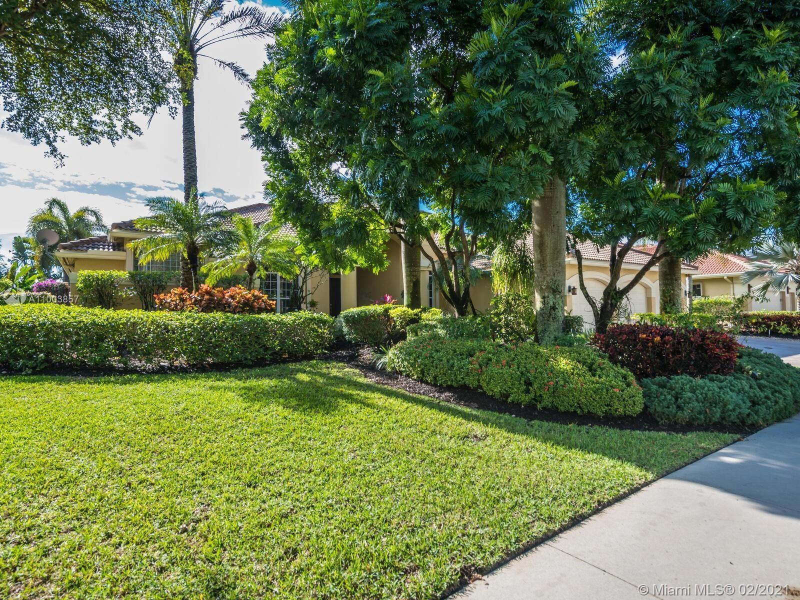 Photo of 2683 Cypress Ln, Weston, FL 33332 (MLS # A11003857)