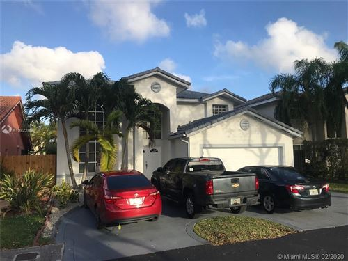 Photo of Listing MLS a10822858 in 4235 SW 154th Ave Miami FL 33185