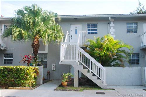 Photo of 470 NE 210th Cir Ter #20311, North Miami Beach, FL 33179 (MLS # A10985858)