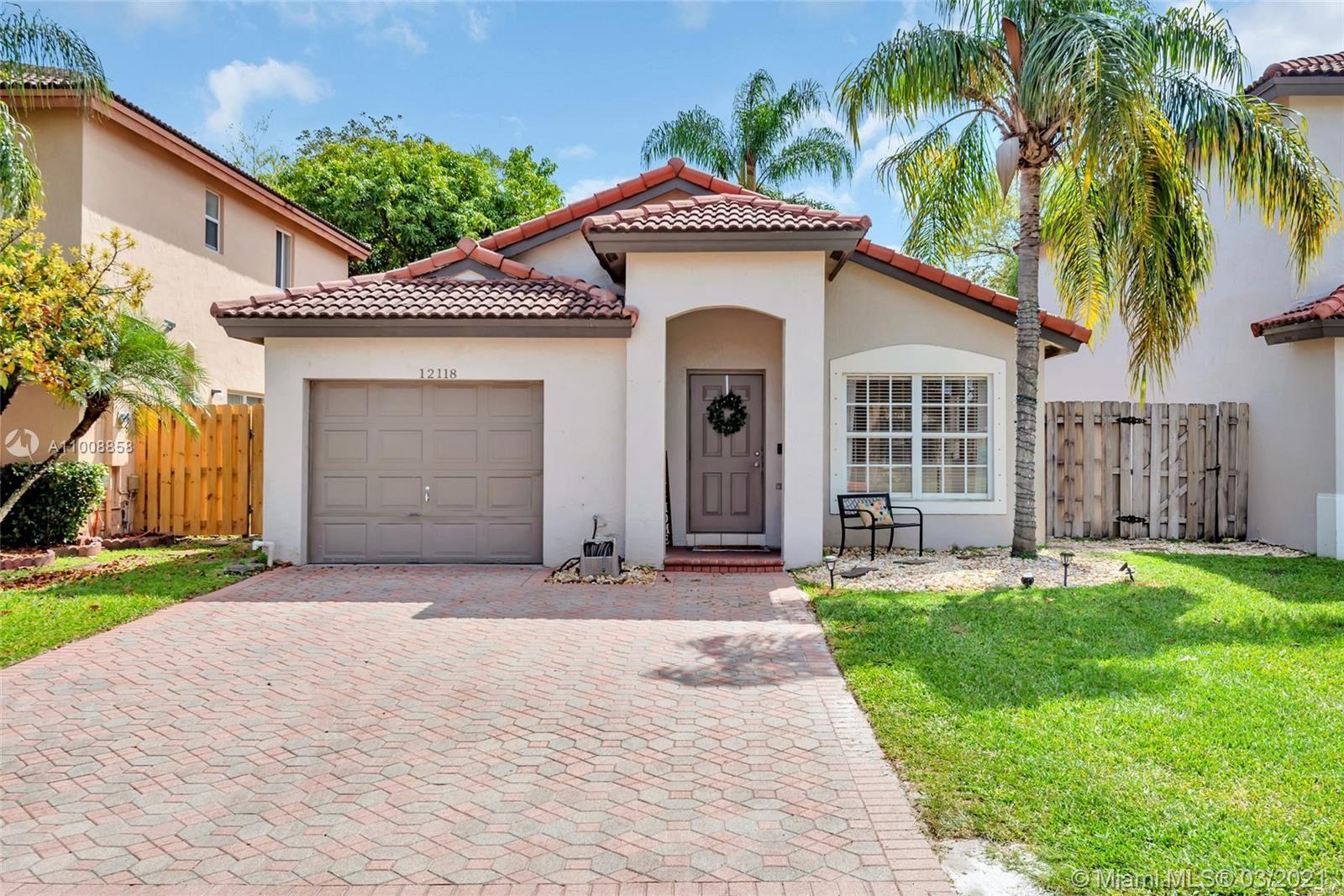 12118 SW 137th Ter, Miami, FL 33186 - #: A11008858