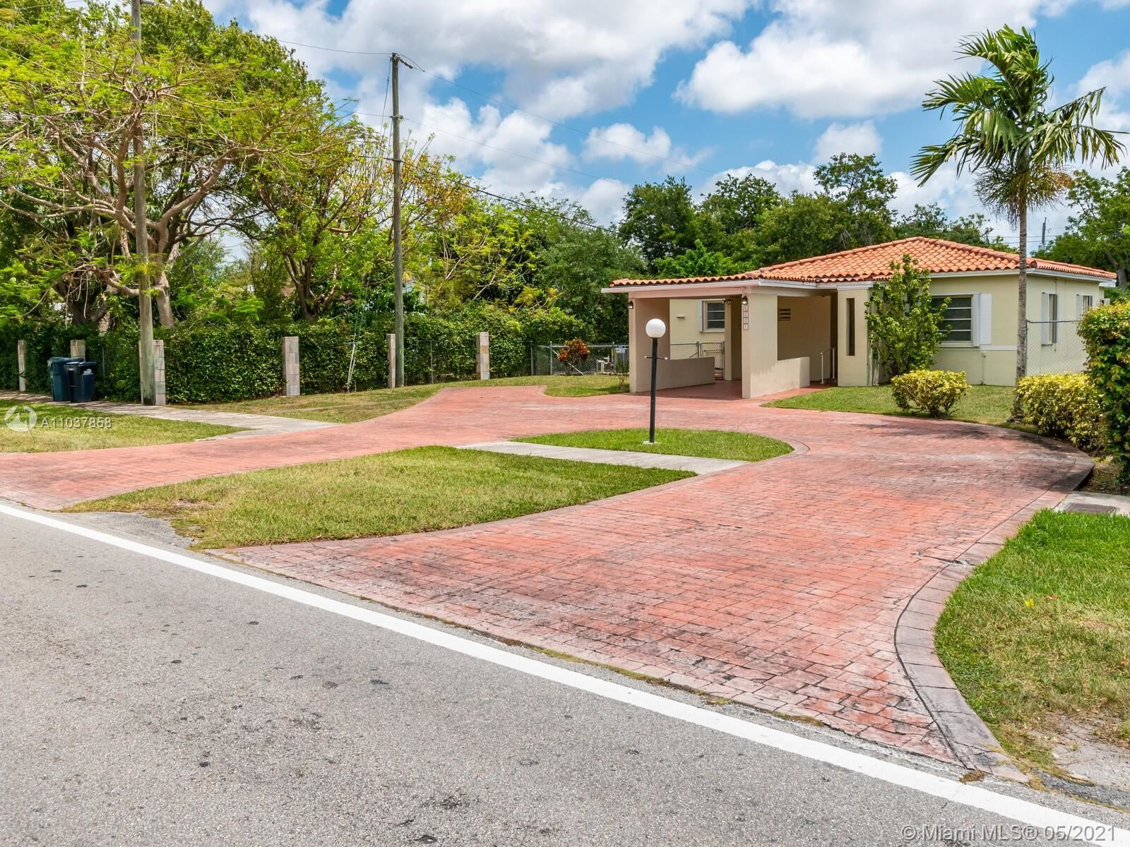 Photo of 5201 SW 67th Ave, South Miami, FL 33155 (MLS # A11037858)