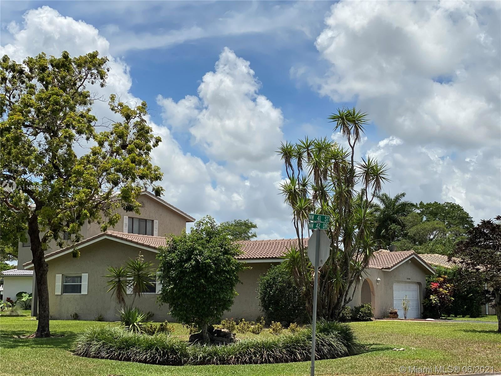 10300 NW 41st St, Coral Springs, FL 33065 - #: A11049858