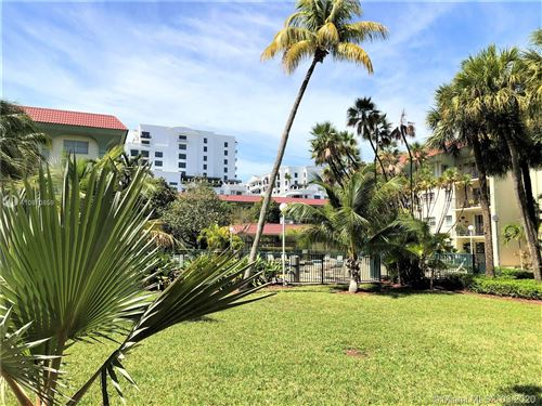 Photo of Listing MLS a10810859 in  Miami FL 33143