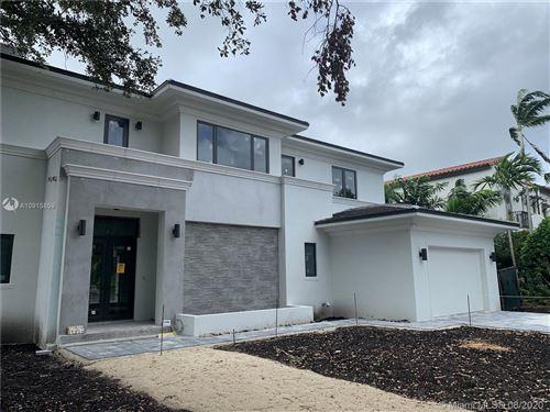 Foto de inmueble con direccion 1414 Dorado Ave Coral Gables FL 33146 con MLS A10915859