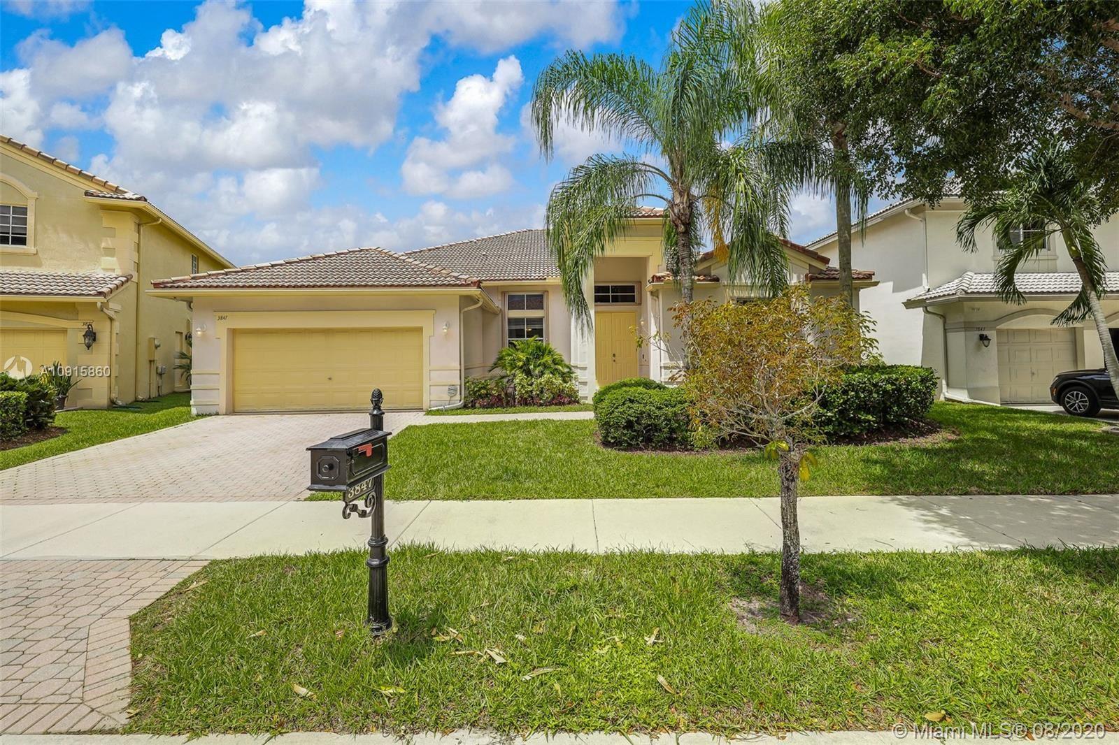 3847 Crestwood Cir, Weston, FL 33331 - #: A10915860