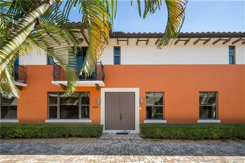 Photo of Listing MLS a10826861 in 3020 McDonald #22 Coconut Grove FL 33133