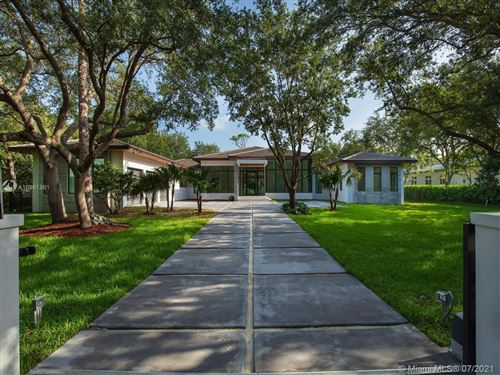 Photo of 6525 SW 106th St, Pinecrest, FL 33156 (MLS # A10961861)
