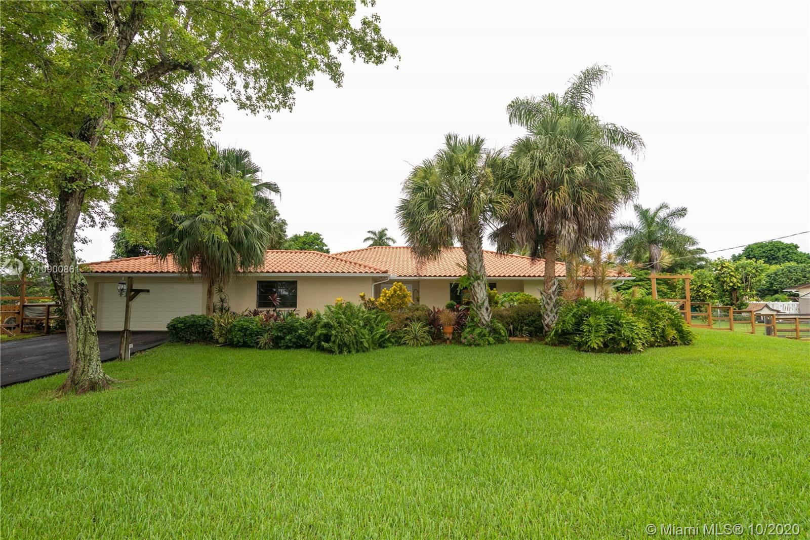 5841 SW 162nd Ave, SouthWest Ranches, FL 33331 - #: A10900861