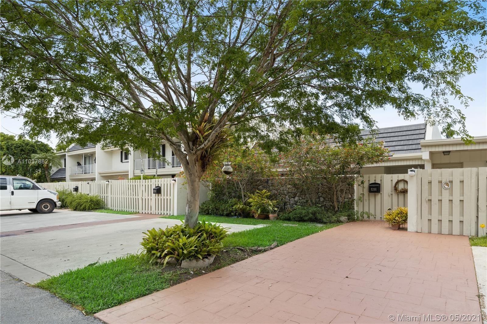 8206 SW 81st Ct, Miami, FL 33143 - #: A11037862