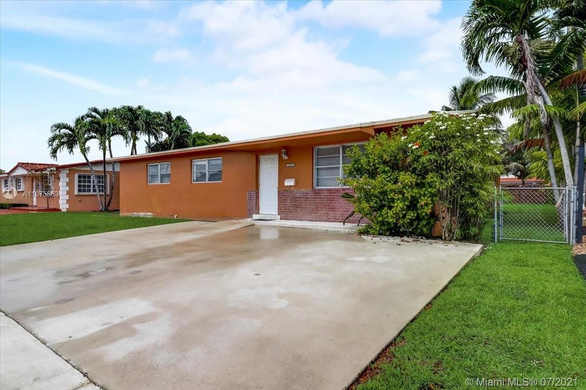 Photo of 10250 SW 32nd St, Miami, FL 33165 (MLS # A11075863)