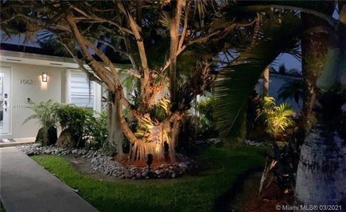 Photo of 10621 SW 120 Ave, Miami, FL 33186 (MLS # A11008864)