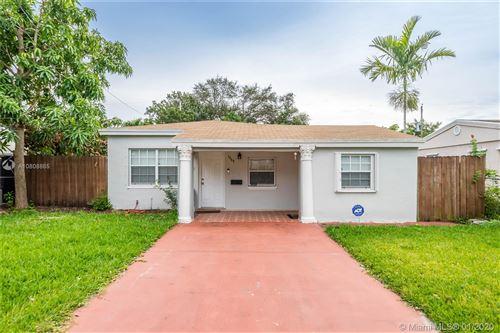 Photo of Listing MLS a10808865 in 1558 NE 177th St North Miami Beach FL 33162