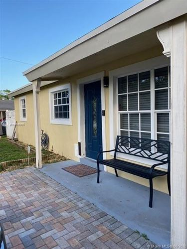 Photo of Listing MLS a10902865 in 5730 Hope St Hollywood FL 33021