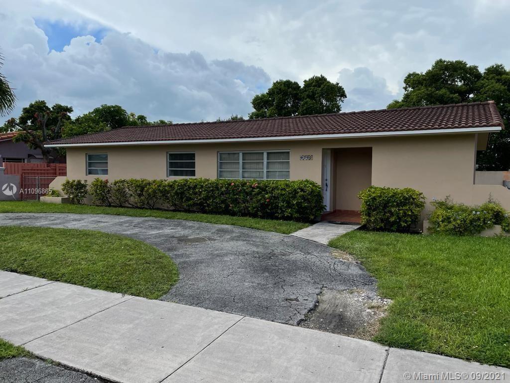 9865 SW 26th Ter, Miami, FL 33165 - #: A11096865