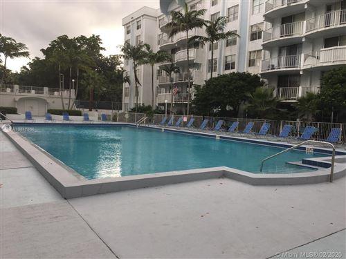 Foto de inmueble con direccion 492 NW 165th St Rd #C-416 Miami FL 33169 con MLS A10817866