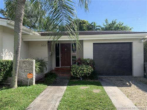 Photo of 308 Cadima Ave, Coral Gables, FL 33134 (MLS # A10970868)