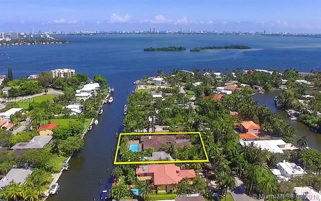 Photo 5 of Listing MLS a10430869 in 1025 Belle Meade Island Dr Miami FL 33138