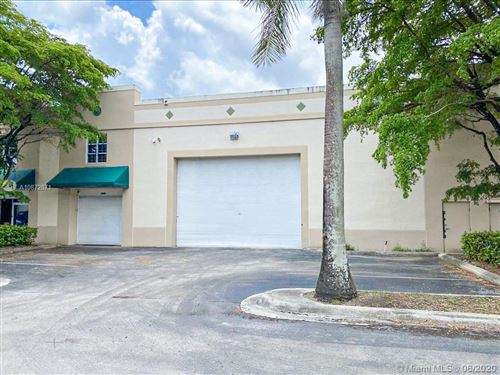 Photo of Listing MLS a10872871 in 3008 NW 82nd Ave Doral FL 33122