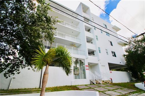 Photo of 498 SW 2nd St #304, Miami, FL 33130 (MLS # A10865873)