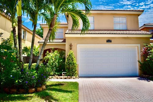 Photo of Listing MLS a10899873 in 10410 SW 16 ST Pembroke Pines FL 33025
