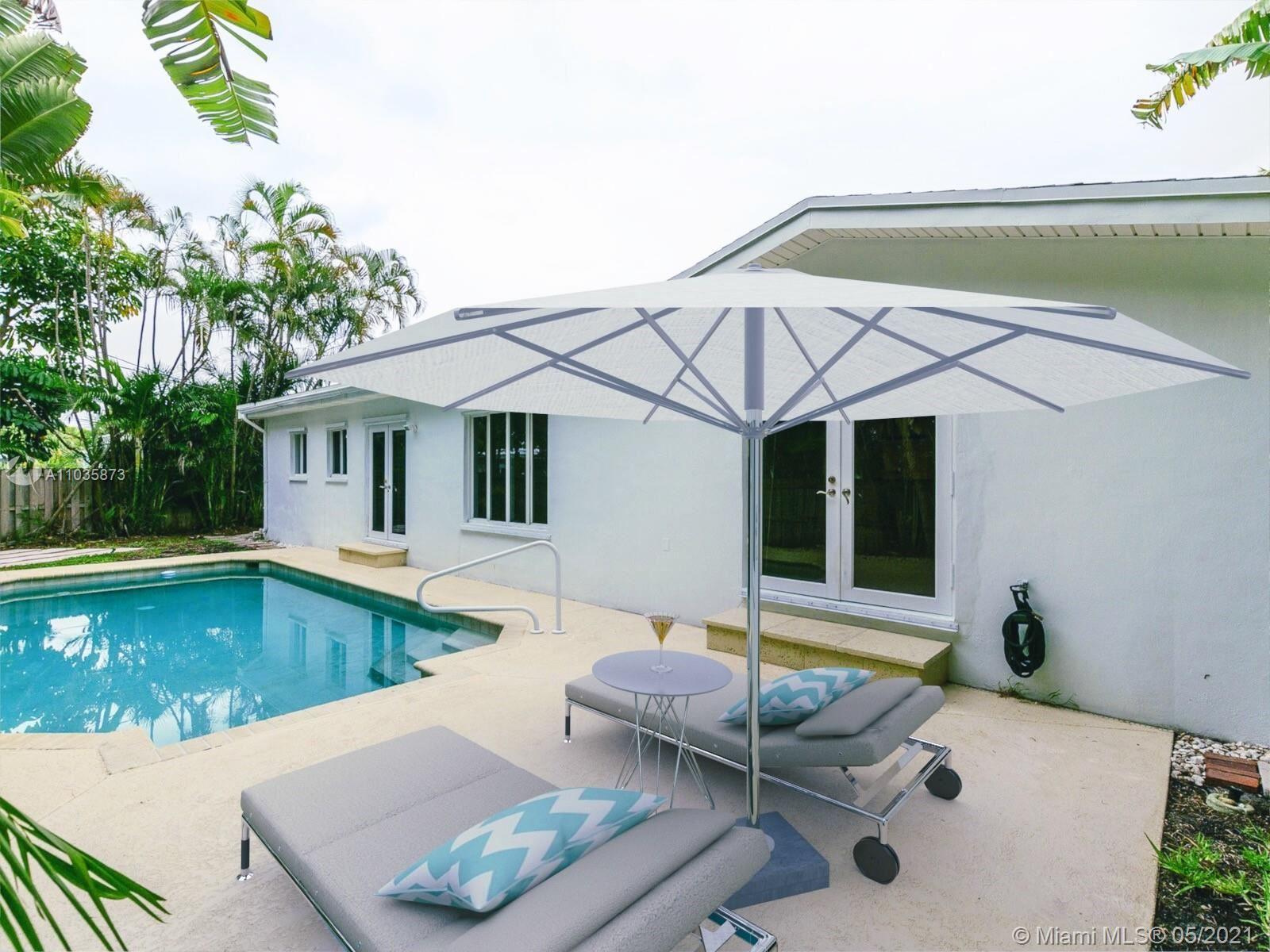 1198 NE 2nd Ter, Boca Raton, FL 33432 - #: A11035873