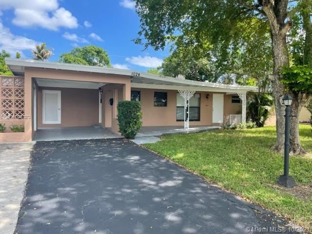 1024 Long Island Ave, Fort Lauderdale, FL 33312 - #: A11097873