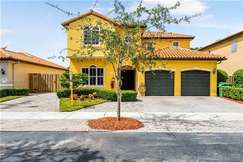 Photo of 4130 SW 152 PL, Miami, FL 33185 (MLS # A10924874)