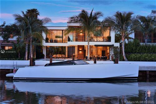 Foto de 4528 PRAIRIE AVE, Miami Beach, FL 33140 (MLS # A10230875)