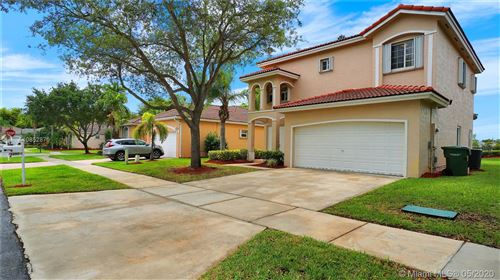 Photo of Listing MLS a10852876 in 2390 SE 5th Ct Homestead FL 33033