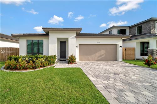 Photo of 2945 SE 3rd St, Homestead, FL 33033 (MLS # A10929877)