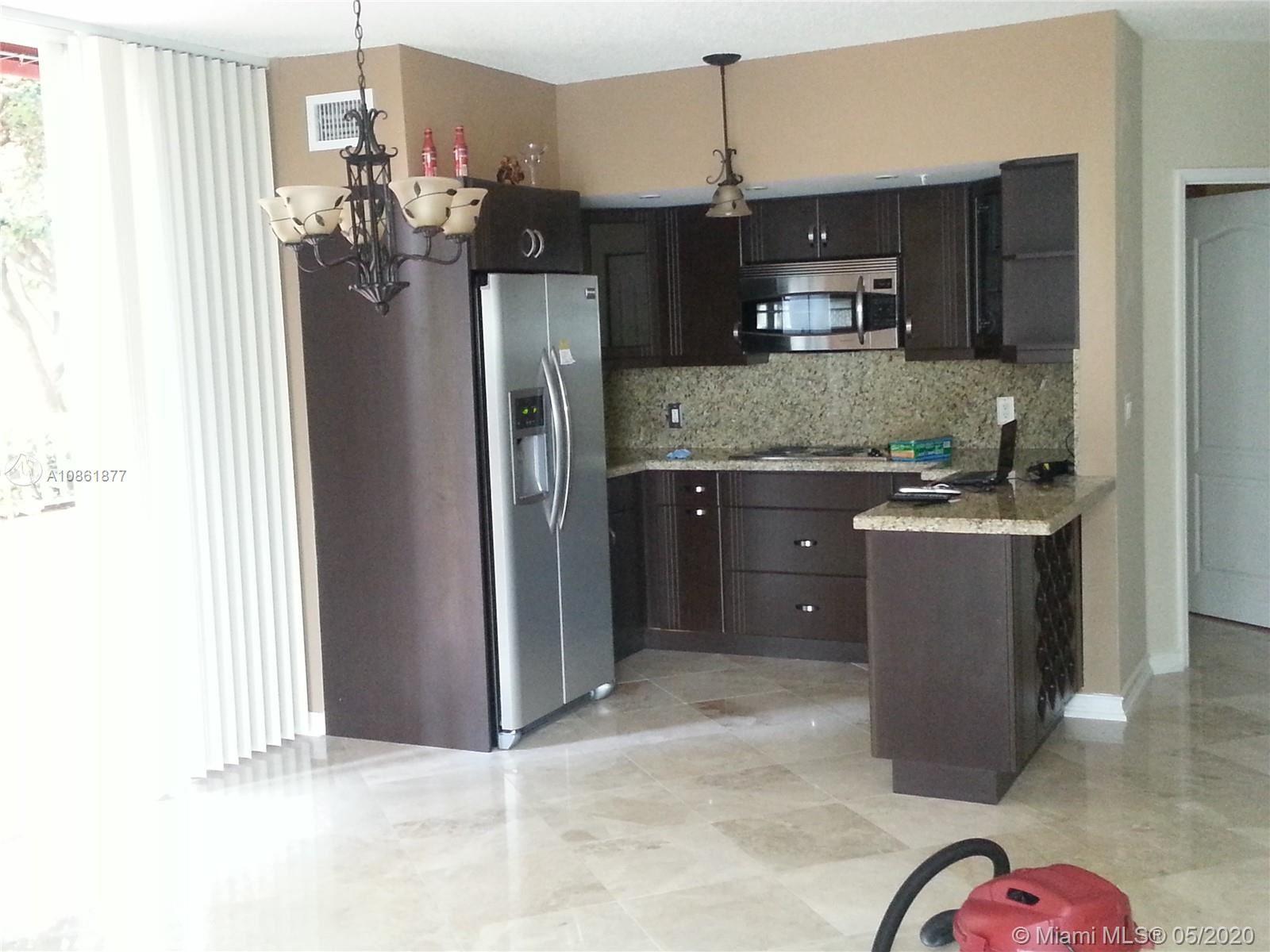 5085 NW 7th St #402, Miami, FL 33126 - #: A10861877