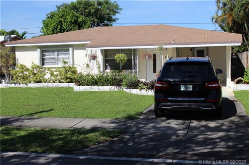 Photo of 4811 NE 6th Ave, Fort Lauderdale, FL 33334 (MLS # A10929878)