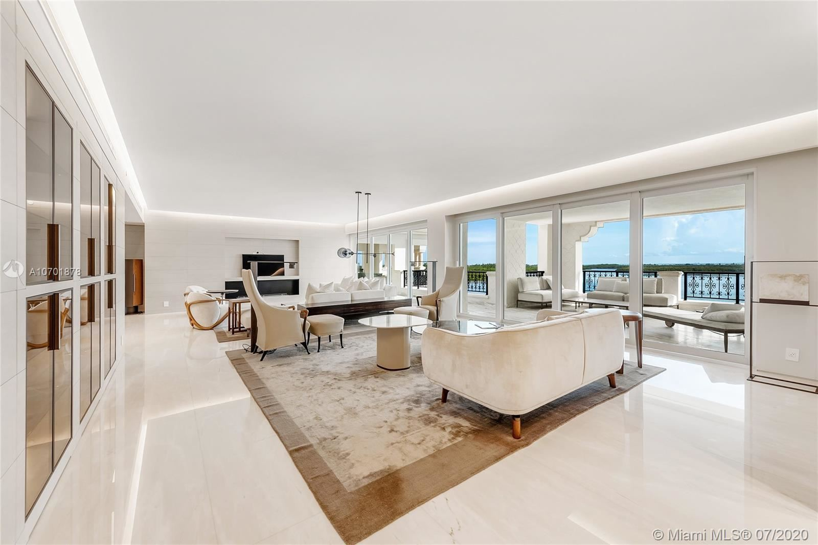 Photo 4 of Listing MLS a10701878 in 5292 Fisher Island Dr #5292 Miami FL 33109