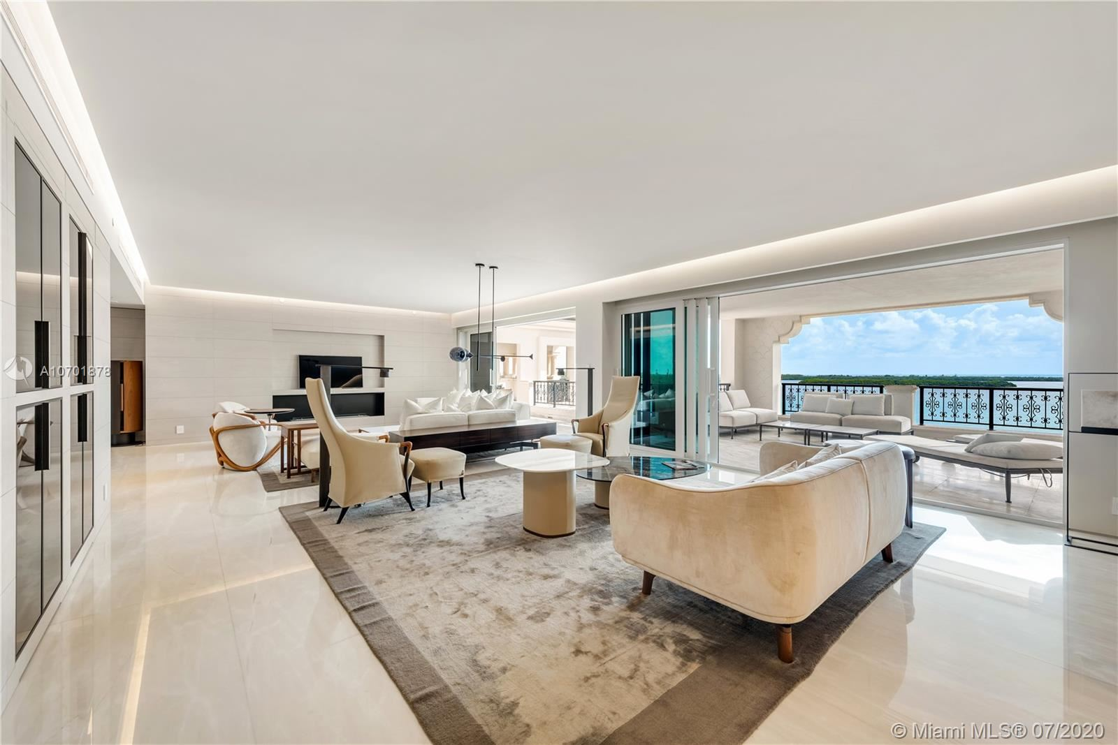 Photo 6 of Listing MLS a10701878 in 5292 Fisher Island Dr #5292 Miami FL 33109