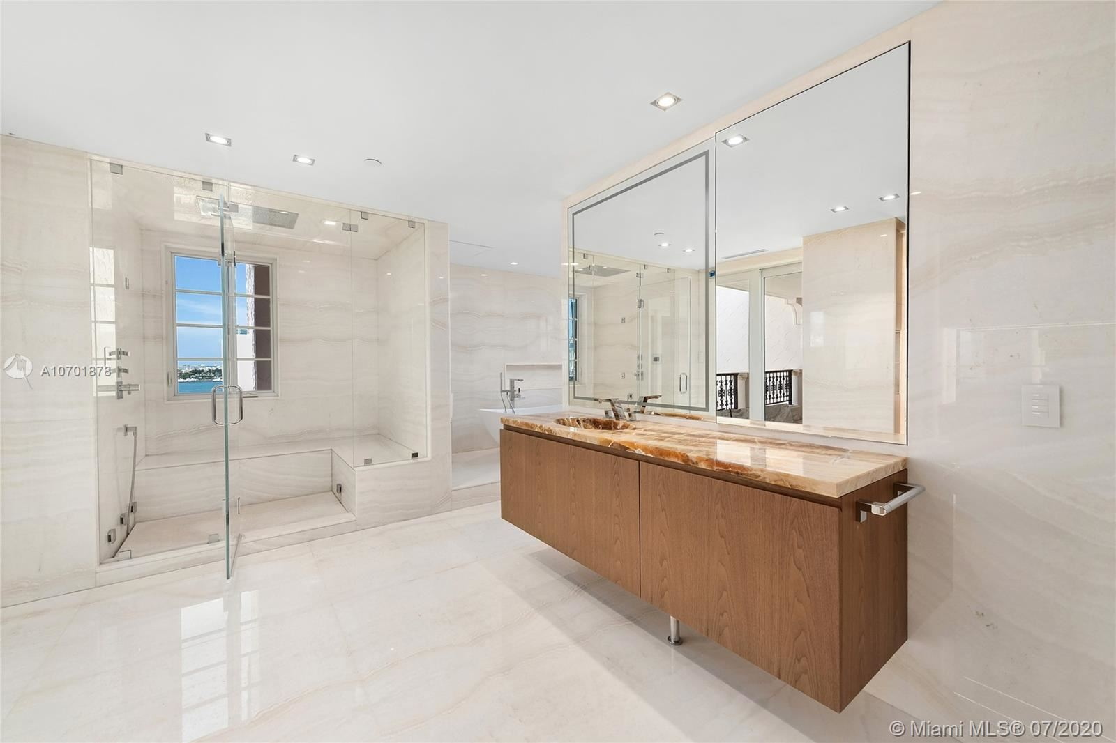 Photo 35 of Listing MLS a10701878 in 5292 Fisher Island Dr #5292 Miami FL 33109