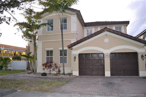 Photo of Listing MLS a10806879 in 17870 NW 90th Pl Hialeah FL 33018