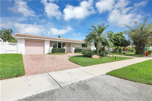 Photo of Listing MLS a10820880 in 3361 SW 15th Ct Fort Lauderdale FL 33312