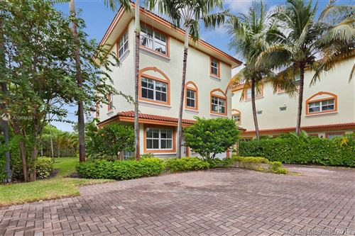 Photo of 625 NE 8th Ave #2, Fort Lauderdale, FL 33304 (MLS # A10688881)