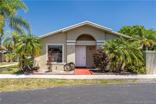 Photo of Listing MLS a10847881 in 6402 SW 152nd PL #8-02 Miami FL 33193
